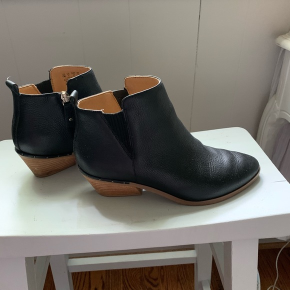 Dr. Scholl's Shoes - Dr Scholl's booties